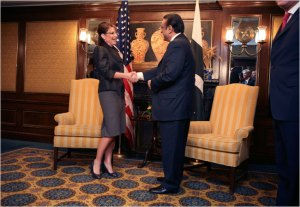 Tyler Hicks/The New York Times Gov. Sarah Palin of Alaska met Wednesday with President Asif Ali Zardari of Pakistan at the Intercontinental Hotel in New York.